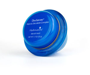 Declatone® Neck & Décolleté Complex contains an advanced formula that helps firm and tighten the appearance of sagging skin for a younger looking neck and chest.